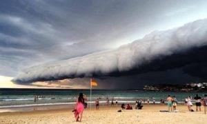 Ohromujúca búrka