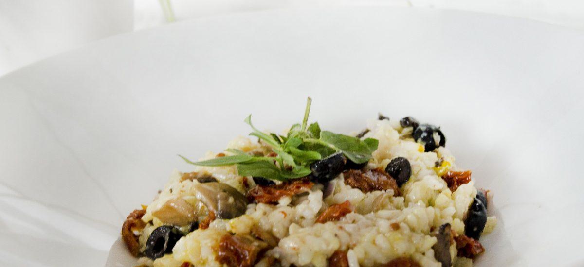 Talianske rizoto so sušenými paradajkami a šampiňónmi