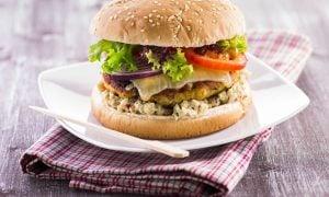 Morčací burger s avokádovým dipom