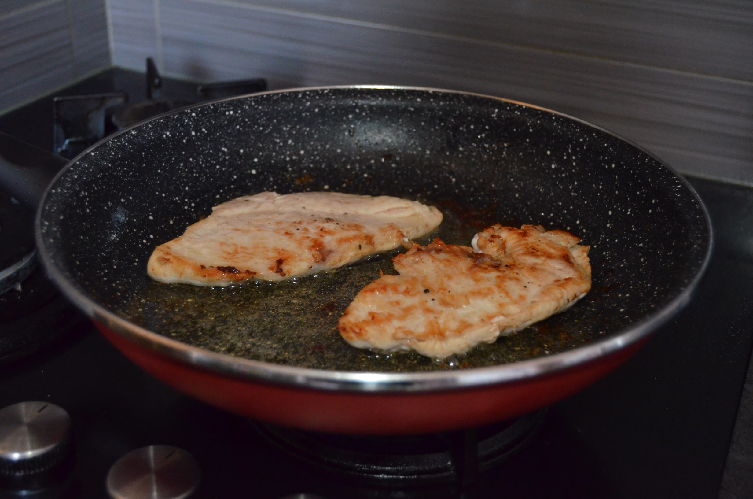 Kuracie mäso na omáčke zkapary