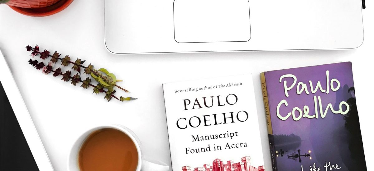 Knihy autora Paula Coelha na stole