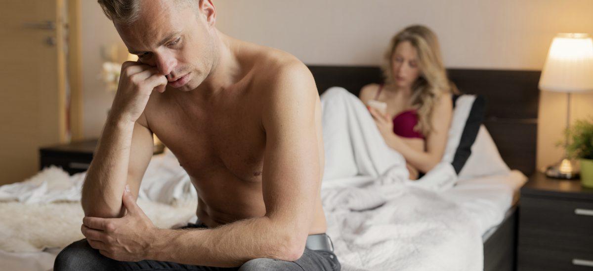 Muž majúci problém v posteli