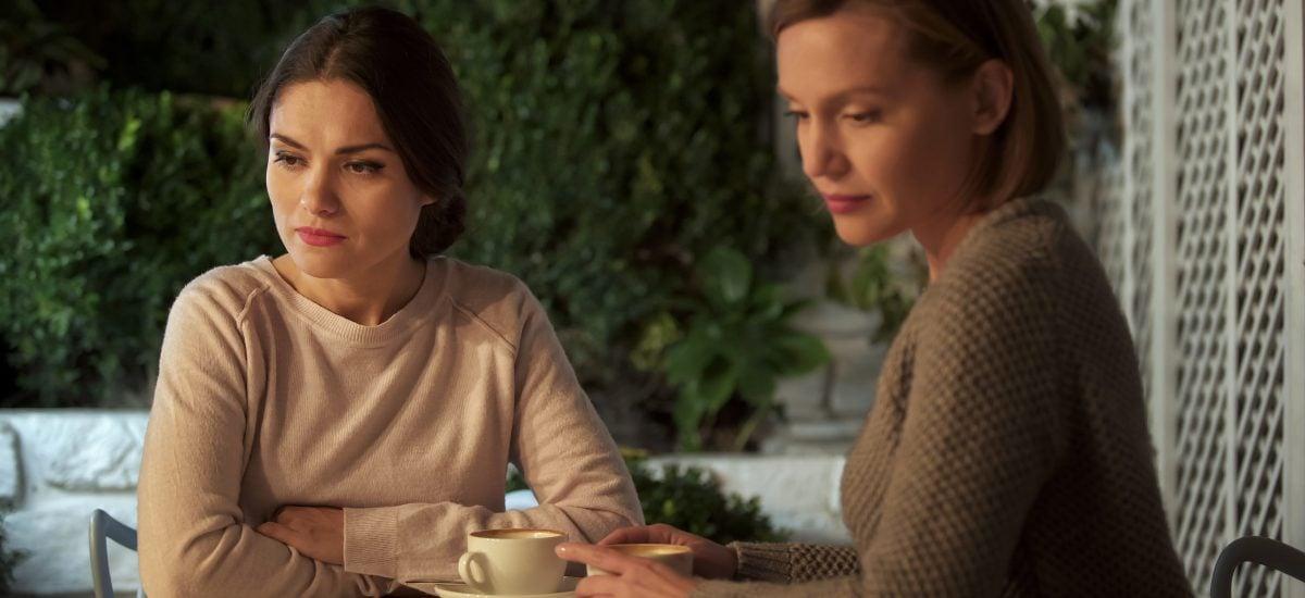 Komunikácia žien pri čaji