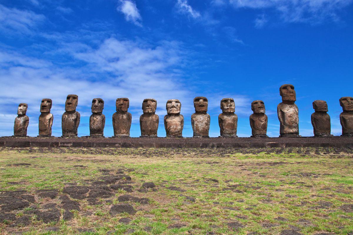 Sochy Moai