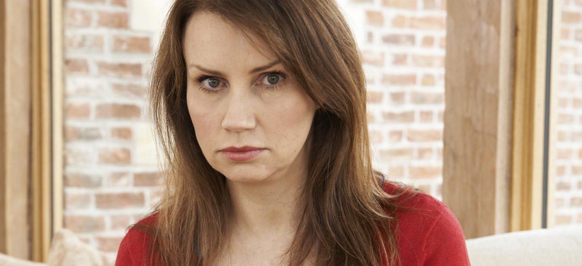 Nešťastná zrelá žena