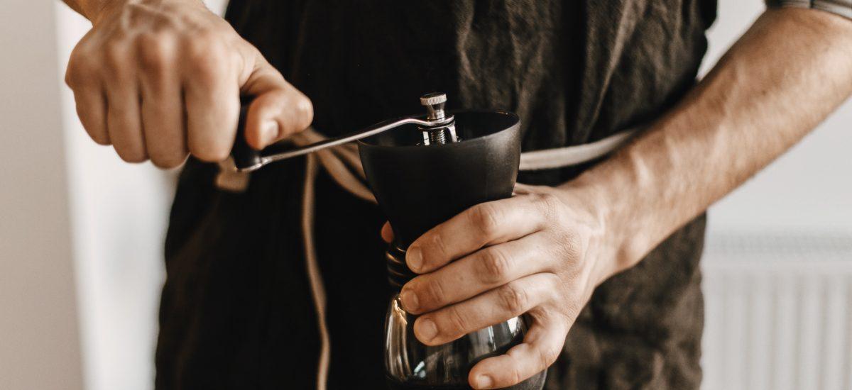 ako si vybrať mlynček na kávu