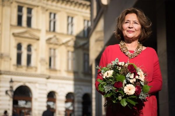 Emília Vášáryová (75)