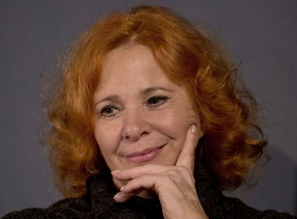 Kamila Magálová (66)