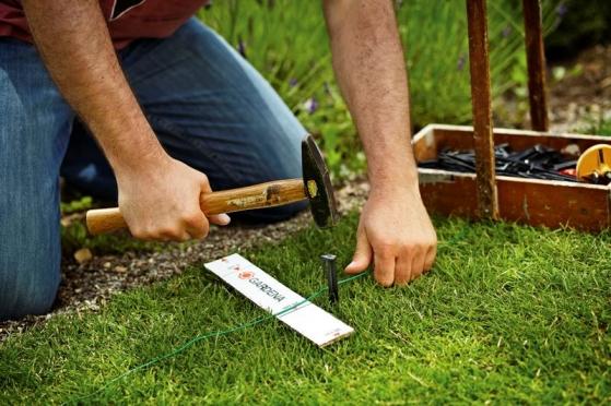Robotická kosačka Gardena pokosí trávnik za vás